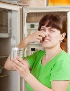 Из народных средств самым эффективным считается сода и хозяйственное мыло